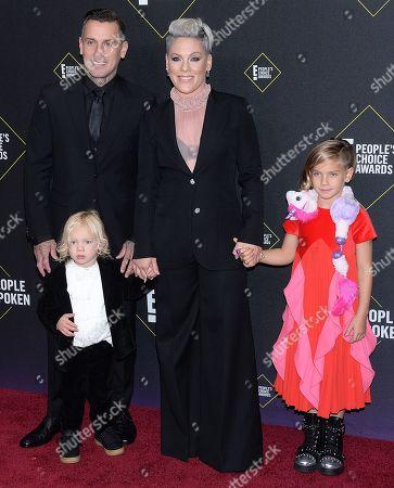Carey Hart, Pink, Willow Sage Hart and Jameson Moon Hart
