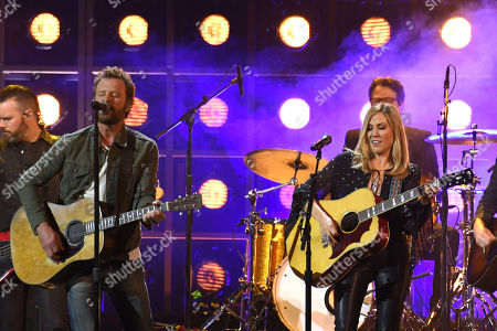 Stock Photo of Dierks Bentley and Sheryl Crow