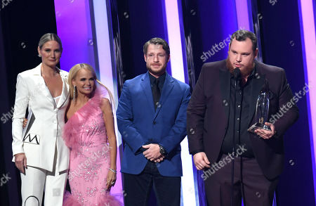 Luke Combs and Robert Williford - Song of the Year - 'Beautiful Crazy' - presented by Jennifer Nettles and Kristin Chenoweth