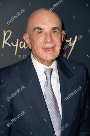 Robert Shapiro attends the Ryan Gordy Foundation 60 Years of Motown Celebration at the Waldorf Astoria in Beverly Hills