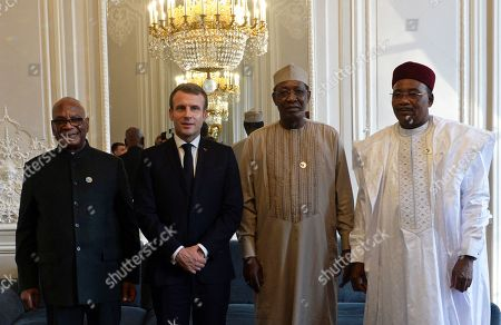 French President Emmanuel Macron (2-L) poses with Mali's President Ibrahim Boubacar Keita (L), Chad's President Idriss Deby (2-R) and Niger's President Mahamadou Issoufou (R) at the Elysee Palace as part of the Paris Peace Summit 2019 in Paris, France, 12 November 2019. The international event on global governance issues and multilateralism takes place from 12 to 13 November in Paris.