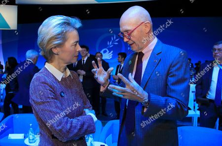 President-elect of the European Commission Ursula von der Leyen (L) talks with Pascal Lamy, head of the Peace Forum, at the start of the Paris Peace Forum, in Paris, France, 12 November 2019. The international event on global governance issues and multilateralism takes place on 12 to 13 November in Paris.