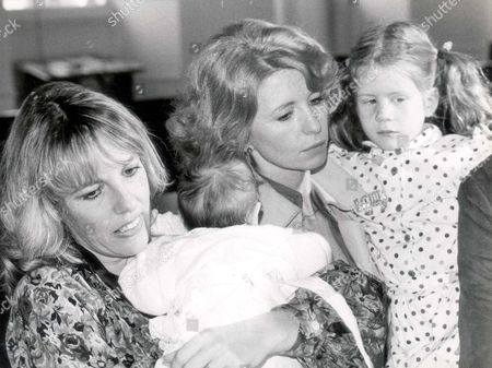 Esther Rantzen And Baby Rebecca; Jane Asher With Her Six Year Old Daughter Katie Scarfe. Esther Rantzen Was There With Her Five-week Old Baby Rebecca Doing Her First Public Engagement. Paintings By Deaf Children Who Competed In A Nationwide Painting Competition Organised By Ann Rakhin The Founder Of The Beethoven Fund For Deaf Children And In Conjunction With Lorin Maazel's 50th Birthday Gala Concert At The Royal Festival Hall March 6th. The Paintings Were Judged By Actor Edward Fox Jane Asher Esther Rantzen Richard Baker And Gerald Scharfe. Esther Rantzen Was There With Her Five-week Old Baby Rebecca Doing Her First Public Engagement. Dm 4/3/2002 P21