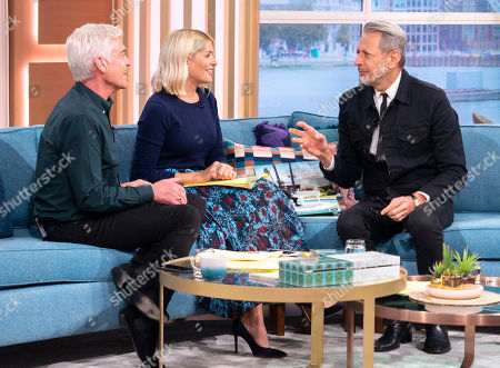 Phillip Schofield and Holly Willoughby with Jeff Goldblum