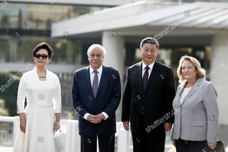 Chinese President Xi Jinping (2-R) accompanied by Greek President Prokopis Pavlopoulos (3-L) and their wives, Peng Liyuan (L) and Vlasia Pavlopoulou- Peltsemi (R) pose for photos after their visit to the Acropolis Museum in Athens, Greece, 12 November 2019. Chinese President Xi Jinping concluded his two-day official visit to Greece. 'Not only do I agree that the Parthenon Sculptures should be returned but you will have our support, because we also have many of our own artifacts from Chinese civilisation that are outside the country and that we are trying to bring back home,' stated visiting Chinese President Xi Jinping to President of the Hellenic Republic Prokopios Pavlopoulos, during their visit to the Acropolis Museum.