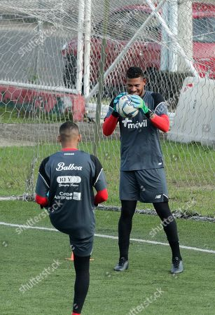 Panama's goalkeeper Jose Calderon, right, trains in Panama City, . Panama will play on Friday a CONCACAF soccer match against Mexico at Rommel Fernandez stadium