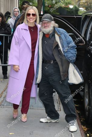 Stock Picture of Kristen Bell and Radioman