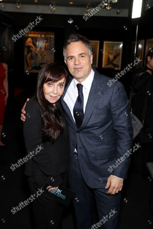 Bonnie Timmermann and Mark Ruffalo