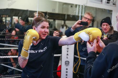 Stock Photo of Lib Dem leader Jo Swinson visit to Total Boxer, in Crouch End a specialised boxing gym which offers training to young people as a means of keeping them away from violence.