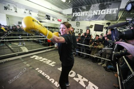 Stock Picture of Lib Dem leader Jo Swinson visit to Total Boxer, in Crouch End a specialised boxing gym which offers training to young people as a means of keeping them away from violence.