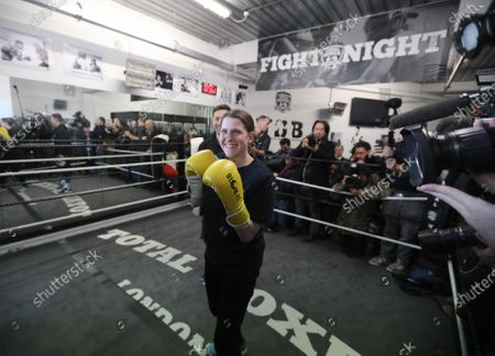 Stock Image of Lib Dem leader Jo Swinson visit to Total Boxer, in Crouch End a specialised boxing gym which offers training to young people as a means of keeping them away from violence.