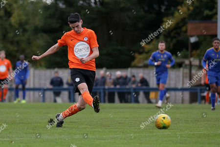 Tom Newman of Soham during Romford vs Soham Town Rangers, BetVictor League North Division Football at the Brentwood Centre on 2nd November 2019