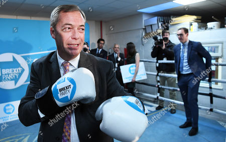 Editorial picture of Brexit Party leader Nigel Farage delivers speech at Boxing gym with Dereck Chisoura, London, United Kingdom - 13 Nov 2019