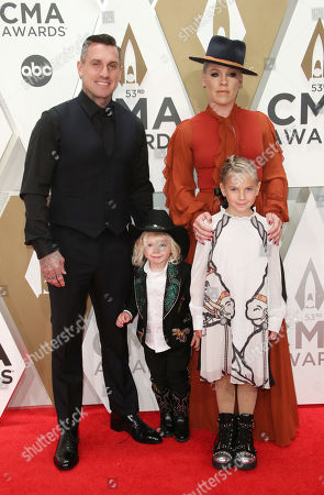 Stock Picture of Pink, Carey Hart, Willow Sage Hart and Jameson Moon Hart