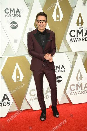 Bobby Bones arrives at the 53rd annual CMA Awards at Bridgestone Arena, in Nashville, Tenn