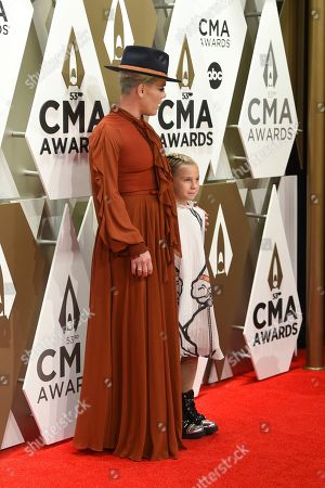Stock Photo of Pink, Willow Sage Hart. Pink, left, and Willow Sage Hart arrive at the 53rd annual CMA Awards at Bridgestone Arena, in Nashville, Tenn