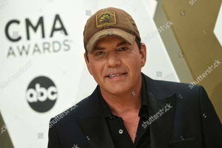 Rodney Atkins arrives at the 53rd annual CMA Awards at Bridgestone Arena, in Nashville, Tenn
