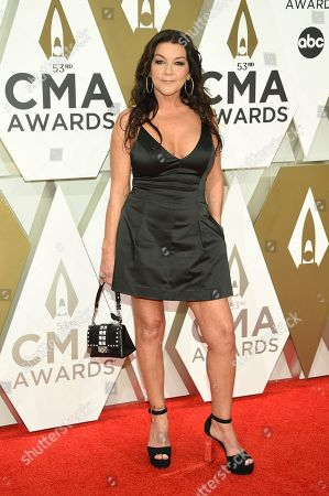 Gretchen Wilson arrives at the 53rd annual CMA Awards at Bridgestone Arena, in Nashville, Tenn