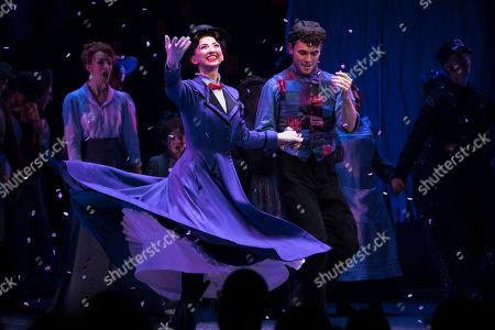 Zizi Vaigncourt-Strallen (Mary Poppins) and Charlie Stemp (Bert) during the curtain call