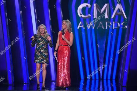 Deana Carter, Lara Spencer. Deana Carter, left, and Lara Spencer present the award for single of the year at the 53rd annual CMA Awards at Bridgestone Arena, in Nashville, Tenn