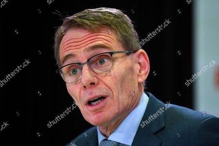 BHP chief executive Andrew Mackenzie speaks during a press conference at BHP headquarters in Melbourne, Victoria, Australia, 14 November 2019. BHP chief executive Andrew Mackenzie will retire as boss of the world's biggest miner at the end of 2019, when insider Mike Henry will take the reins.