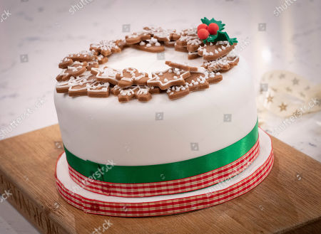 Juliet Sear - This Morning Christmas Cake