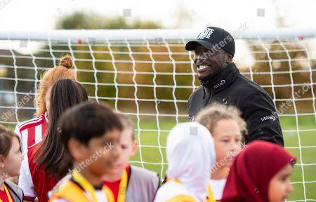Utilita Kids & Girls Cup  Adebayo Akinfenwa