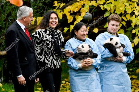 Eric Domb and Marie-Christine Marghem with Pandas Bao Di and Bao Mei