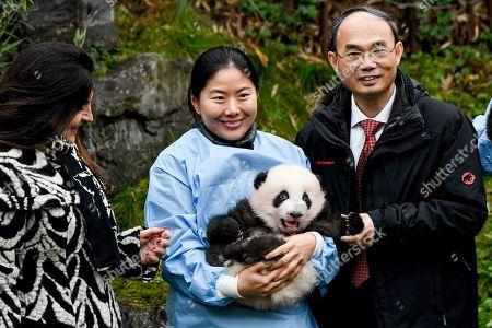 Marie-Christine Marghem and Cao Zhongming with Panda Bao Di