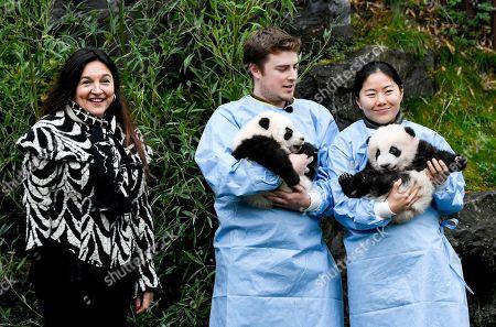 Marie-Christine Marghem with Pandas Bao Di and Bao Mei