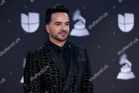 Luis Fonsi arrives at the 20th Latin Grammy Awards, at the MGM Grand Garden Arena in Las Vegas