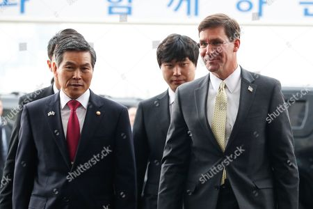 US Secretary of Defense Mark Esper (R) and South Korean Minister of National Defense Jeong Kyeong-doo (L) speak on arrival at the Ministry of National Defense in Seoul, South Korea, 15 November 2019. US Secretary of Defense Mark Esper arrived in Seoul to hold the 51st Security Consultative Meeting (SCM).