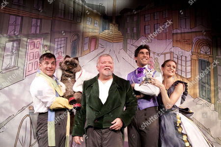 'A Christmas Carol' - Michael Matus (Bob Cratchit), Bentolina the Theatre Cat, Gareth Hale (Scrooge), Simon Lipkin (Fred), Charlie the Theatre Mouse, Rebecca Thornhill (Mrs Cratchit)