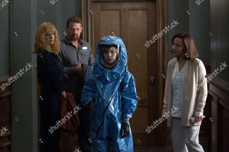 Stock Picture of Kelly Reilly as Rose, Max Martini as Paul, Charlie Shotwell as Eli and Lili Taylor as Dr. Horn