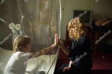 Charlie Shotwell as Eli and Kelly Reilly as Rose