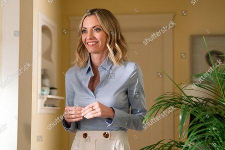 Megan Stevenson as April Quinn