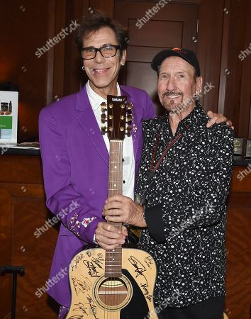 Slim Jim Phantom, James Burton