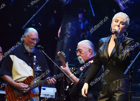 Stock Picture of Steve Cropper, Jeff Baxter, Maggie Rose