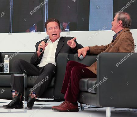 The actor and former Governor of the State of California (US) Arnold Schwarzenegger (L) and former President of Mexico Vicente Fox (R), participate in a forum, in San Cristobal, in the state of Guanajuato, Mexico, 15 November 2019.