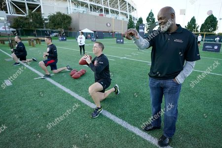 Members of Marriott Bonvoy bid their points to participate in the exclusive moments masterclass led by NFL Hall of Fame running back Emmitt Smith at the San Francisco 49ers training facility on in Santa Clara, Calif