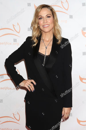 """Sheryl Crow attends the Michael J Fox Foundation's """"A Funny Thing Happened on the Way to Cure Parkinson's"""" Gala to benefit Parkinson's research at the Hilton New York, in New York"""