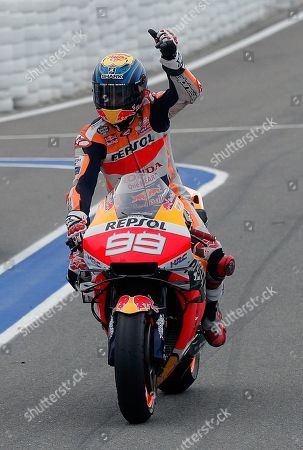 Spanish MotoGP rider Jorge Lorenzo waves the crowd after he competed in Comunitat Valenciana GP race, the season's last race, at Ricardo Tormo Circuit, in Cheste, Valencia, eastern Spain, 17 November 2019.