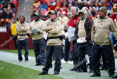 Week 11. Washington Redskins interim head coach Bill Callahan on the sidelines during the first half of an NFL football game against the New York Jets, in Landover, Md