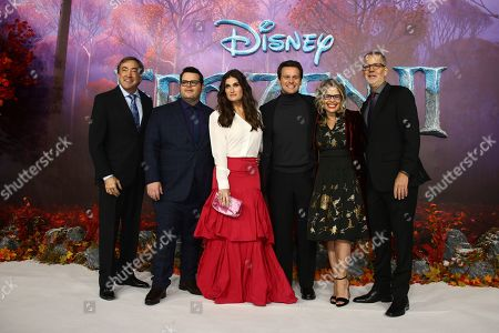 Idina Menzel, Jonathan Groff, Josh Gad, Peter Del Vecho, Jennifer Lee, Chris Buck. From left to right, producer Peter Del Vecho, voice actors Josh Gad, Idina Menzel and Jonathan Groff, pose for photographers alongside directors Jennifer Lee and Chris Buck, upon arrival at the European premiere of 'Frozen 2', in central London
