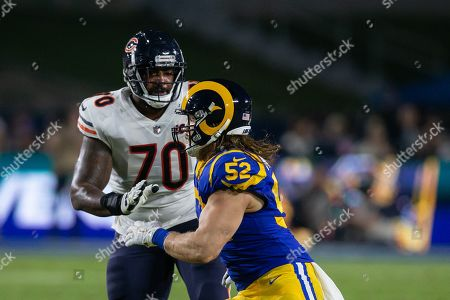 Los Angeles, CA...Los Angeles Rams outside linebacker Clay Matthews (52) rushing the passer during the NFL game between Chicago Bears vs Los Angeles Rams at the Los Angeles Memorial Coliseum in Los Angeles, Ca on November, 2019. Jevone Moore