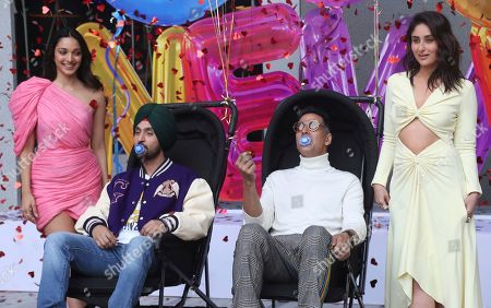 Akshay Kumar, Kareena Kapoor, Diljit Dosanjh, Advani. Bollywood actors from right, Kareena Kapoor, Akshay Kumar, Diljit Dosanjh and Kiara Advani pose for photographs during the trailer launch of their upcoming film Good Newwz in Mumbai, Monday, Nov.18, 2019. The film is scheduled to be released on