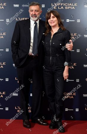Emmanuelle Seigner (R) and Italian producer Luca Barbareschi pose during the photocall for ''L'Ufficiale e la Spia'' (J'Accuse) in Rome, Italy, 18 November 2019. The movie opens in Italian theaters on 21 November.