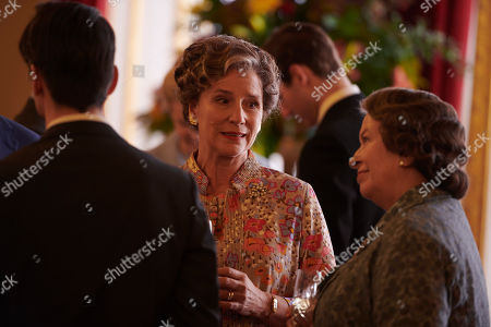 Harriet Walter as Clemmie Churchill and Marion Bailey as Queen Elizabeth the Queen Mother