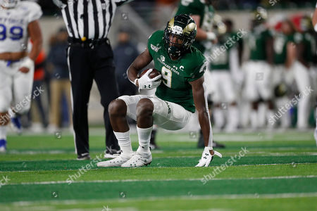 R m. Colorado State Rams wide receiver Warren Jackson (9) in the first half of an NCAA football game in Fort Collins, Colo