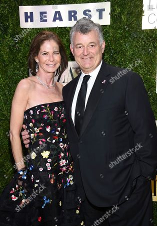 William P. Lauder, Lori Kanter Tritsch. Estee Lauder Companies executive chairman William P. Lauder, right, and wife Lori Kanter Tritsch arrive at The Lincoln Center Corporate Fund Fashion Gala honoring Leonard A. Lauder at Alice Tully Hall, in New York